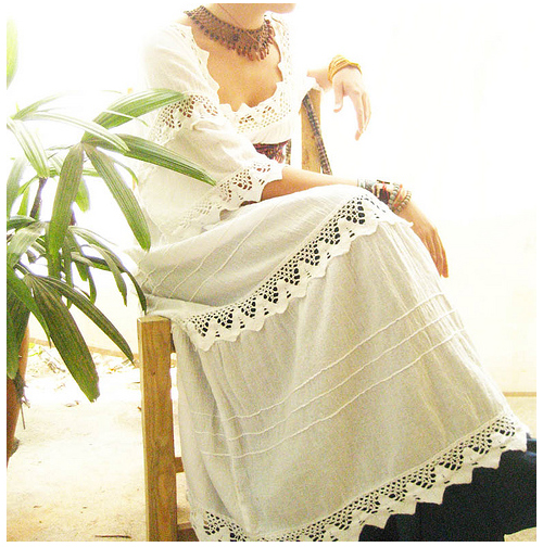 mexican wedding dress For the Flamenco look a c mbination of fitt ng